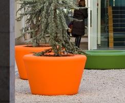 Loop Cone polyethylene outdoor Planter