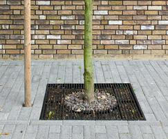 Suitable for tree root protection in pedestrian areas