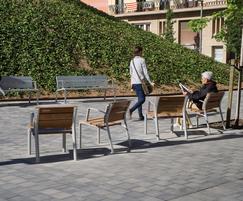 An interpretation of the NeoRomántico Clásico bench