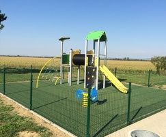 Small playground multiplay