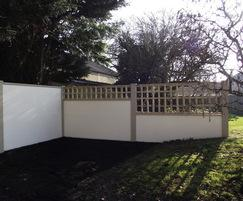 EliteWall modular wall fence with trellis