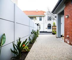 EliteWall premium fence with expressed joint