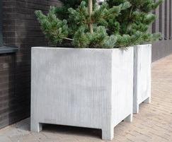 Vadim planters have excellent corrosion resistance