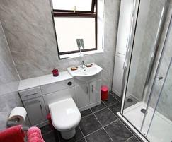Bathroom clad with Economy wall panel - Roman Marble