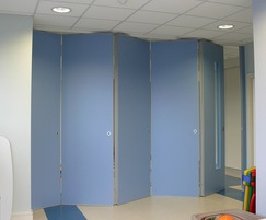 Spaces can be easily and quickly divided for multi-use