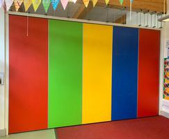 Prestige movable wall panels with vibrant colours