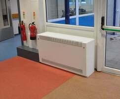 Contour free-standing radiator guard