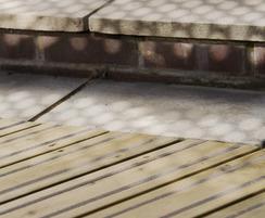 slip resistant decking