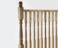 Q-Deck® Plus Colonial ready made decking balustrades