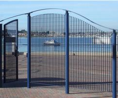 Roma-3 pedestrian gate as part of bespoke fence