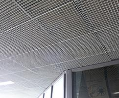 Quattro-33 steel panels as ceiling cladding