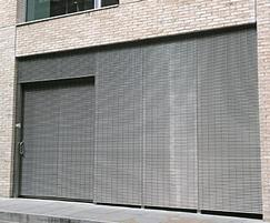 Recessed panel supports for seamless appearance