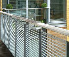 Micro 34 balcony balustrade steel grating