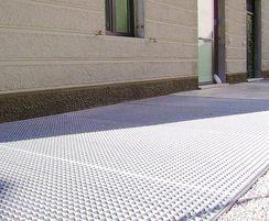 Electrofused floor grating - PL 33 33 floor grating