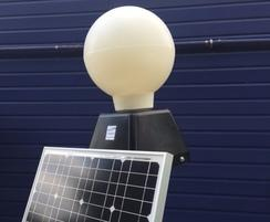 Solar powered centre island beacon with 25w panel