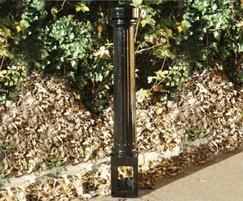 Wargrave decorative cast iron bollard