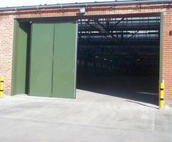 Superfold high security insulated folding door