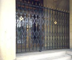 Collapsible steel security gates