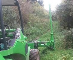 Hedge and verge cutting use an Knifebar cutter