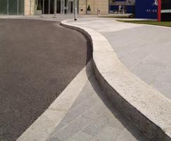 Natural granite kerb