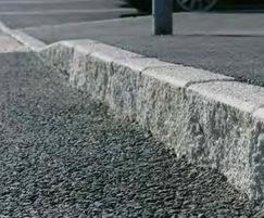 K-lite™ Traditional kerb