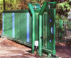 Cantilevered sliding gate, green