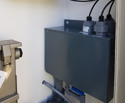 Membrane filters & sample tank (wet section)