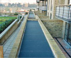 Mesh walkway, Ferry Quay, Brentford