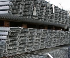 Scaffold planks come in standard 3.9m lengths