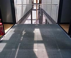 Floor grating & balustrade infill: Waters' Edge