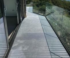Type O5 heel-proof steel planks for balcony