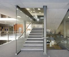 Modern balustrade and handrails using B20 and B40 range