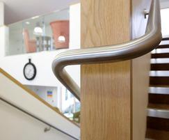 B10 Handrail