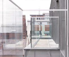 B20 privacy screen with opaque glass infill