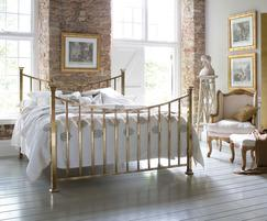 Sage bed in brass finish