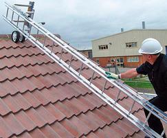 Portable bridging ladder for solar installations