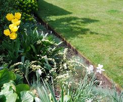 EverEdge® Classic - flower bed