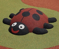 Wet pour 3D play mound - ladybird