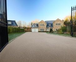 Bound gravel driveway - Clitheroe