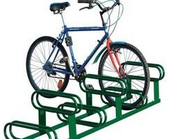 6 space high low steel cycle rack in green