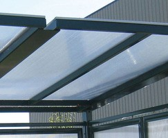 Steel frame and polycarbonate glazing