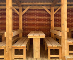 Bays are 1.8m wide and can seat up to 10 children