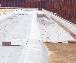 Poured concrete engages into Newton 403 waterproofing