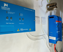 Pump controller and Victron inverter