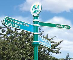 Stainless steel fingerpost with cast aluminium arms