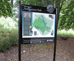 Welcome sign with 3D watercolour map at Verulamium Park