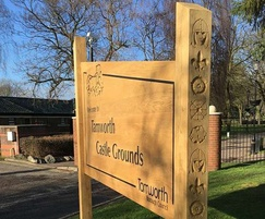 Oak welcome sign for castle park grounds