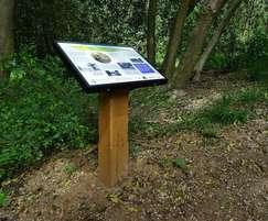 Post-mounted interpretation lectern for Baas Hill