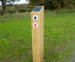 Waymarking post - Carlton Marshes