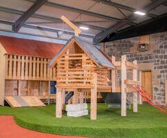 Indoor play platform